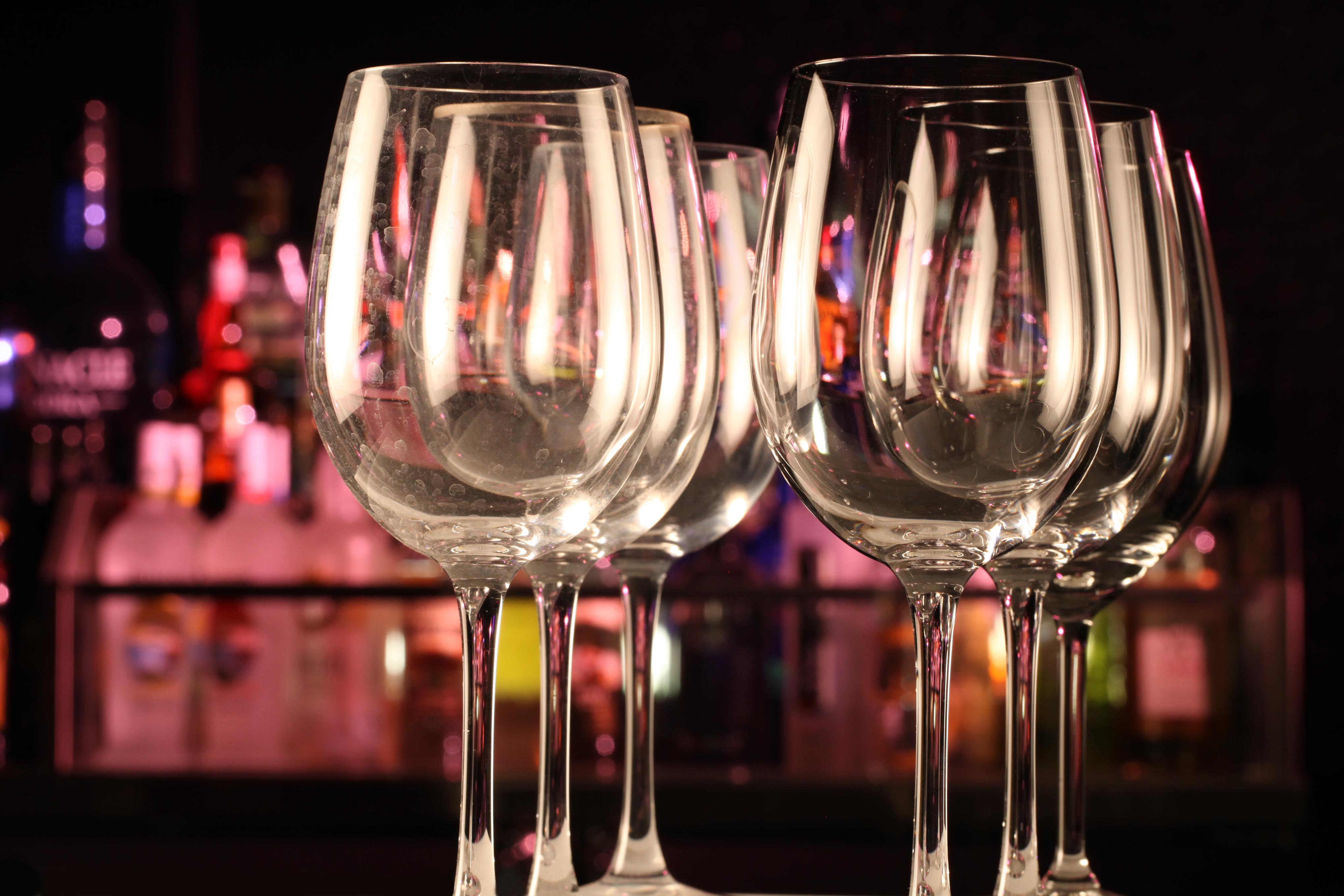 Best Dishwasher For Wine Glasses Wine Glass Cleaning Using Dishwashers
