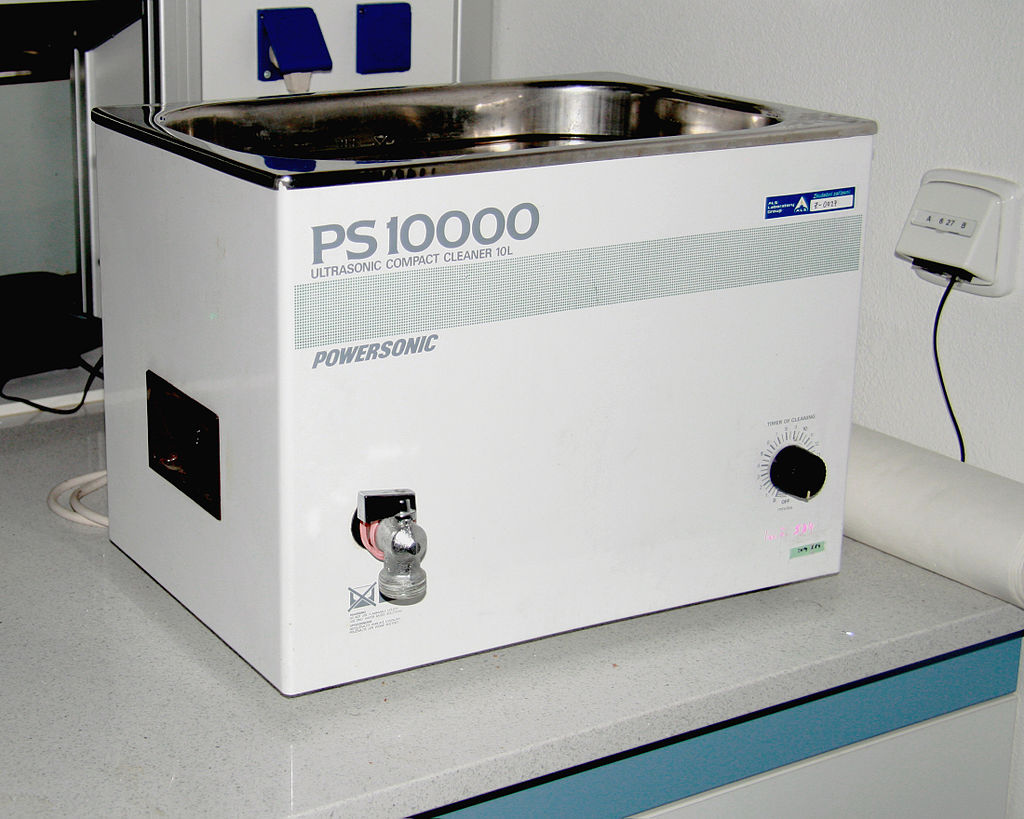 Filtering Detergent In Industrial Ultrasonic Cleaning